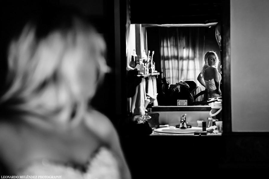 Bride getting ready at Ramon's Village. Belize wedding photography by Leonardo Melendez Photography