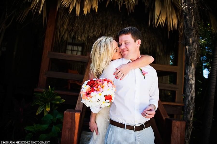 Tropical Bouquet. Belize wedding photography, Ramon's Village, Ambergris Caye. Leonardo Melendez Photography.