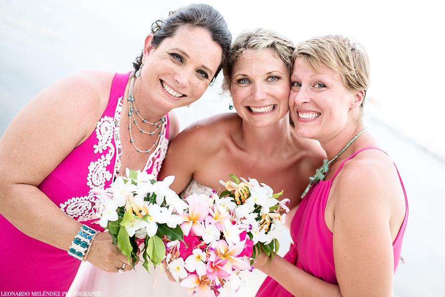 Captain Morgan's Belize wedding.  Belize wedding photographer, Leonardo Melendez.