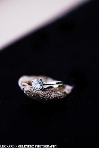 Wedding details by Belize wedding photographer, Leonardo Melendez.