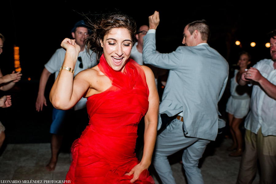 Victoria House wedding. Belize wedding photographers Leonardo Melendez Photography.