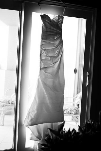Wedding Dress. Grand Caribe Wedding Details. Leonardo Melendez Photography.