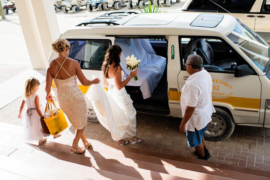 Ambergris Caye Belize. Grand Caribe Wedding by Leonardo Melendez Photography