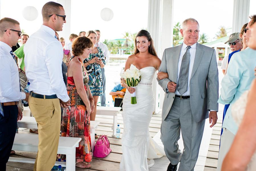 Banyan Bay wedding. Bride and father walking down the aisle. Leonardo Melendez Photography.